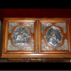 Artesanía Mori - Extraordinaria arqueta de nogal español y plata de ley